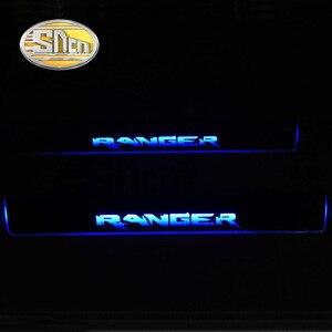 Image 2 - SNCN 4 sztuk akrylowe przeprowadzka LED listwa progowa listwy progowe do samochodów pedał próg drzwi oświetlenie ścieżki dla Ford Ranger 2015 2016 2017 2018