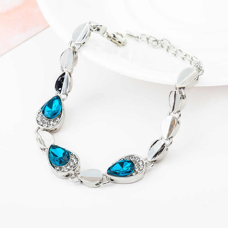 Hot Bangs Fashion 2018 New Heart Bracelets For Women Wedding Jewelry Accessories Wholesale Bijoux Bangle