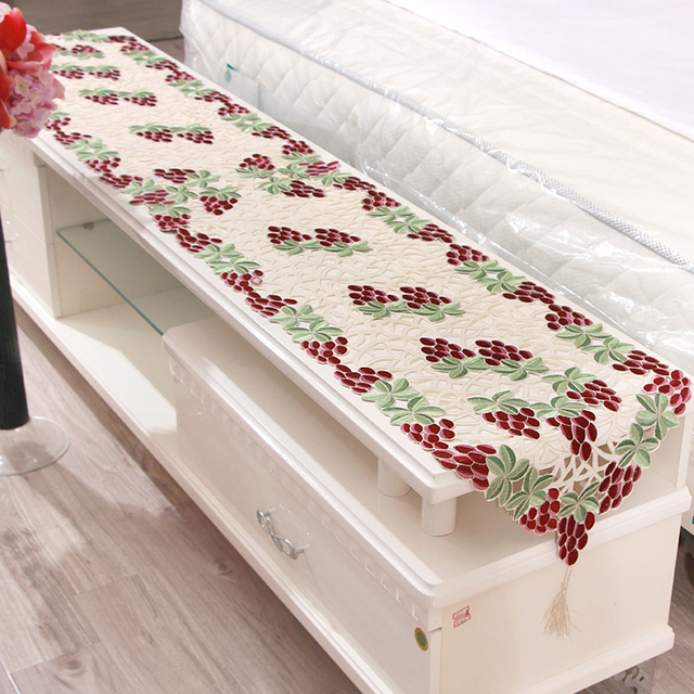 Yazi Embroidered Grape Pattern Cutwork Fabric Table Runner Cloth Wedding Banquet Party Decor 40x210cm