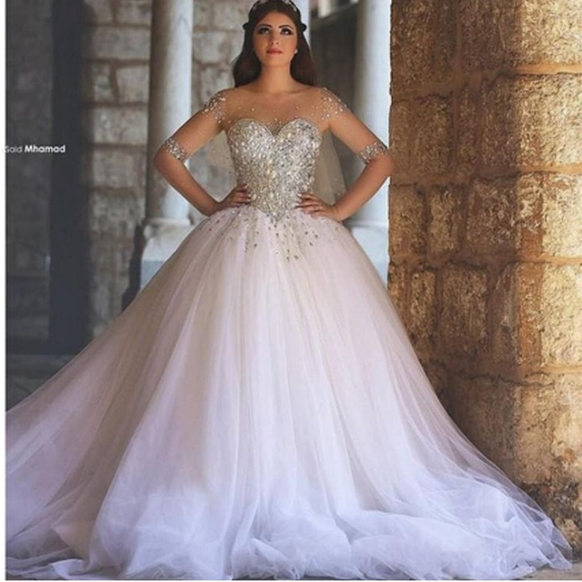Sparkling Ball Gown White Beaded Rhinestone Wedding Dresses With Half Sleeves Tulle Bridal Court Train