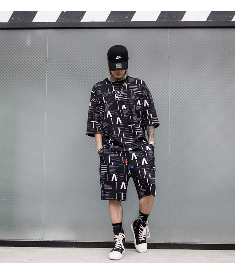 Hip Hop Summer Mens Sets Clothes 2 Pieces Sets Half Sleeve T Shirt Short Pant Black White Color