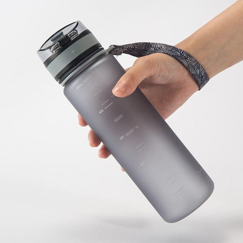 UZSPACE 0% BPA botellas de agua de plástico deportes portátil de viaje al aire libre ciclismo beber fruta proteína Shaker mi botella de té 500 ml 1000 ml