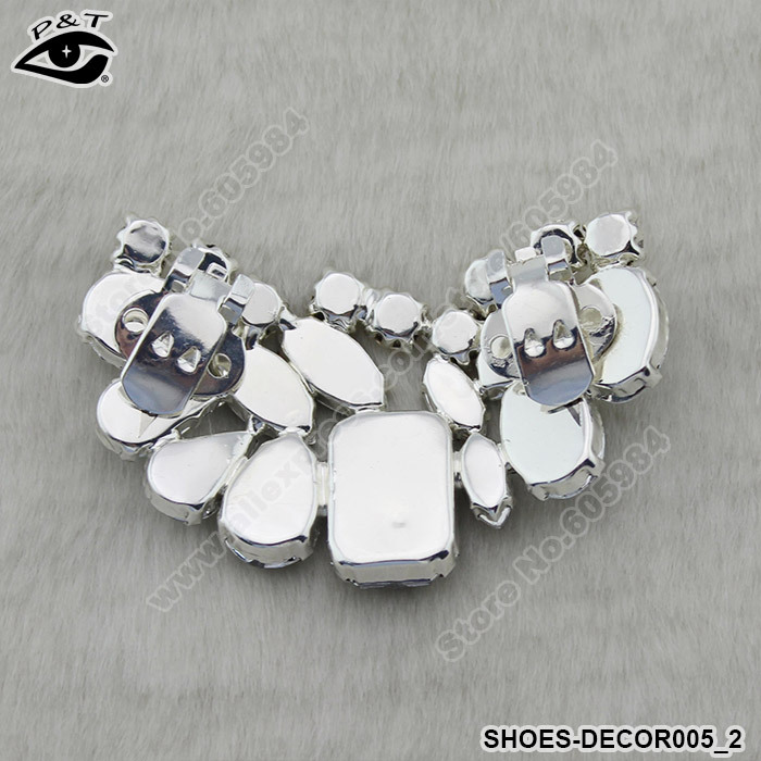New fashion clip on rhinestones shoe clip wedding shoes decoration new fashion clip on rhinestones shoe clip wedding shoes decoration accessories 6x35cm free shipping in shoe decorations from shoes on aliexpress junglespirit Image collections