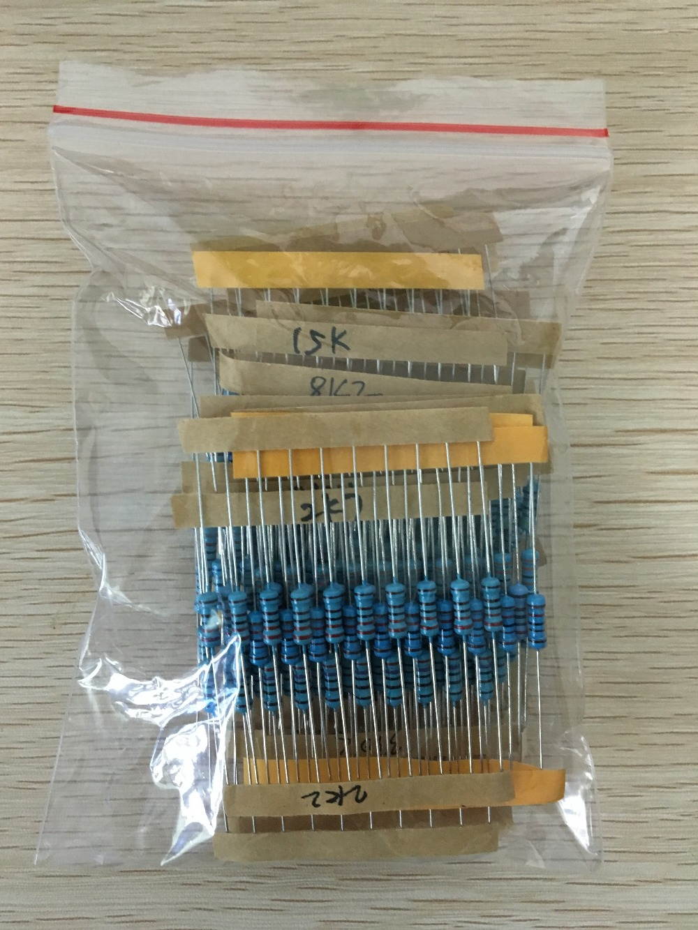 300pcs 1K-1M Ohm 1/2w Resistance 1% Metal Film Resistor Assortment Kit Set 30Kinds*10pcs=300PCS Free Shipping