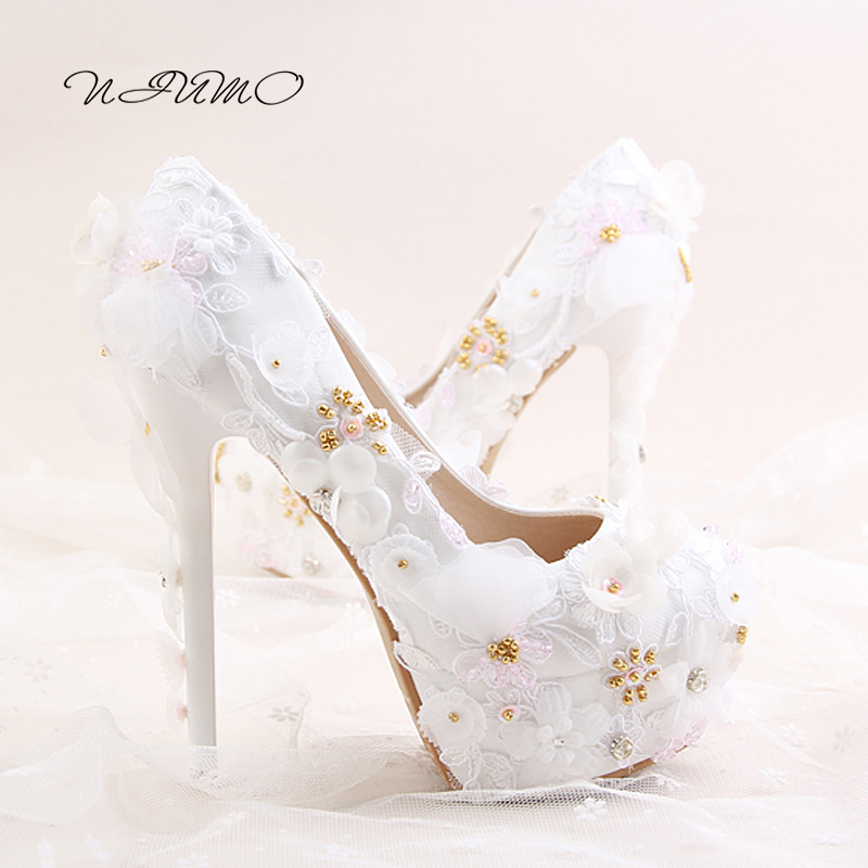 White lace flower bride shoes Super high with waterproof table fine with diamond dress shoes Banquet shoes female wedding shoes 2017 fashion flowers diamond pendant bride shoes high with fine with photography single shoes for women s shoes wedding shoes
