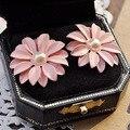 new 1 pair women stud earrings 2017 new arrival korean style trendy pink bohemian pearl daisy flowers earring drop shipping