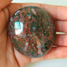 Натуральные камни, морская яшма, пальмовые камни, маленькие камни и кристаллы, целебный кристалл