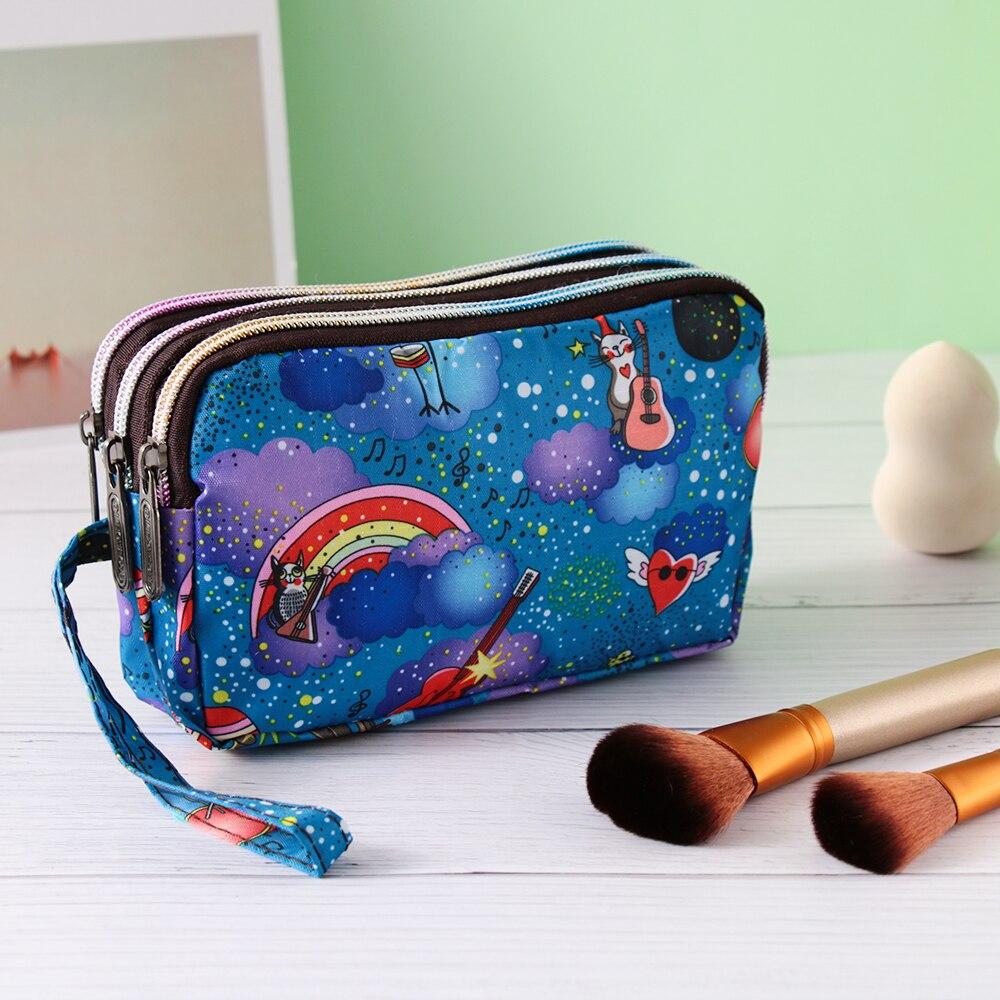 85cfcf804f4c4 Nowe mody kobiety Flower Makeup torby pani wodoodporne płótno sprzęgło Mini  torebki dla Party torby telefonów