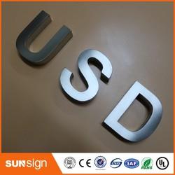 Letrero de acero inoxidable con letras 3d antióxido para exteriores personalizado
