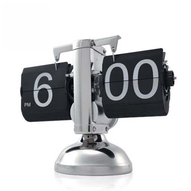 Livraison Gratuite! blanc et Noir 12 Heure Rétro Auto Flip Horloge Engrenage Interne Exploité Pour La Maison Bureau