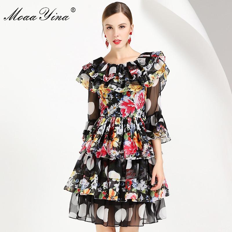MoaaYina แฟชั่นชุดเดรสฤดูร้อนผู้หญิงแขนผีเสื้อ Backless Dot ดอกไม้ พิมพ์ Cascading Ruffle ชุดชีฟอง-ใน ชุดเดรส จาก เสื้อผ้าสตรี บน   1