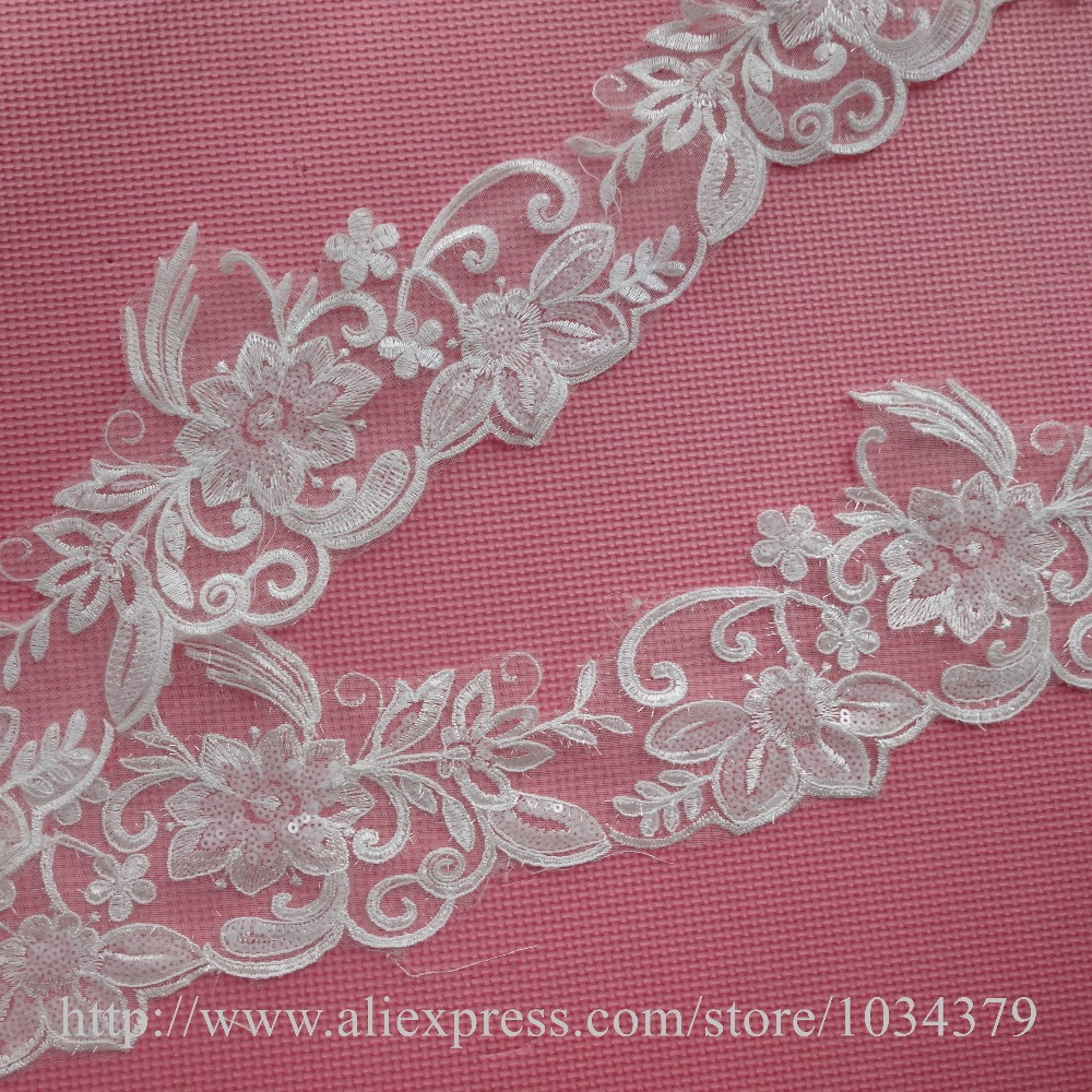 Delicado 9 yardas luz Champagne Glitter vestido de boda cording ...