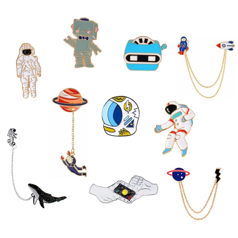 Univers broches broches astronaute casque baleine Robot x-men planète foudre geste Badge épinglettes sur espace broches Collection