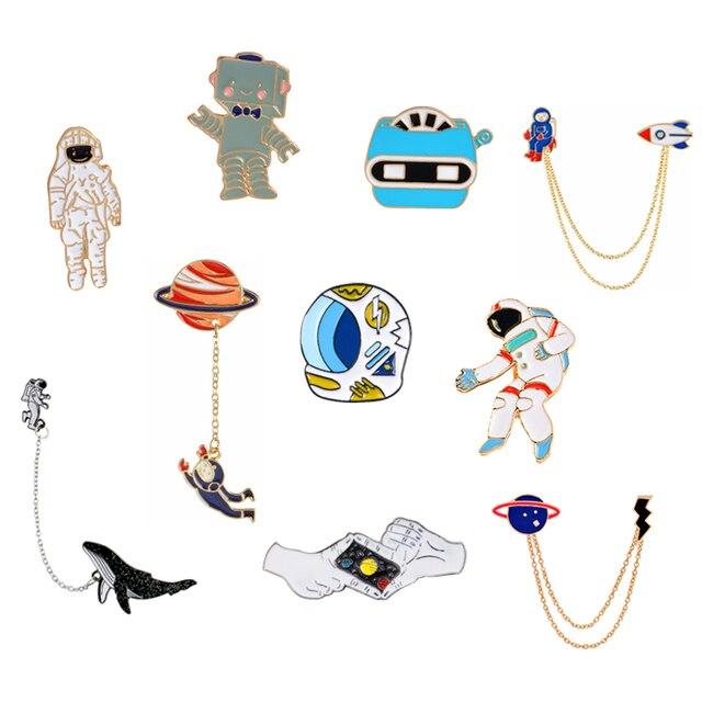Wszechświat broszki szpilki astronauta kask wieloryb Robot x-men planeta błyskawica gest odznaka przypinki na klapę Out space Pins Collection