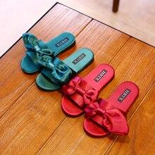 Тапочки для девочек г. Новая Летняя шелковая обувь с бантом милые тапочки принцессы с большим бантом на плоской подошве, однотонные, розовые, красные, Размеры 26-36