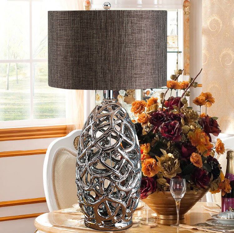 Modern Hollow Silver Electroplated Ceramic Table Lamp Ac