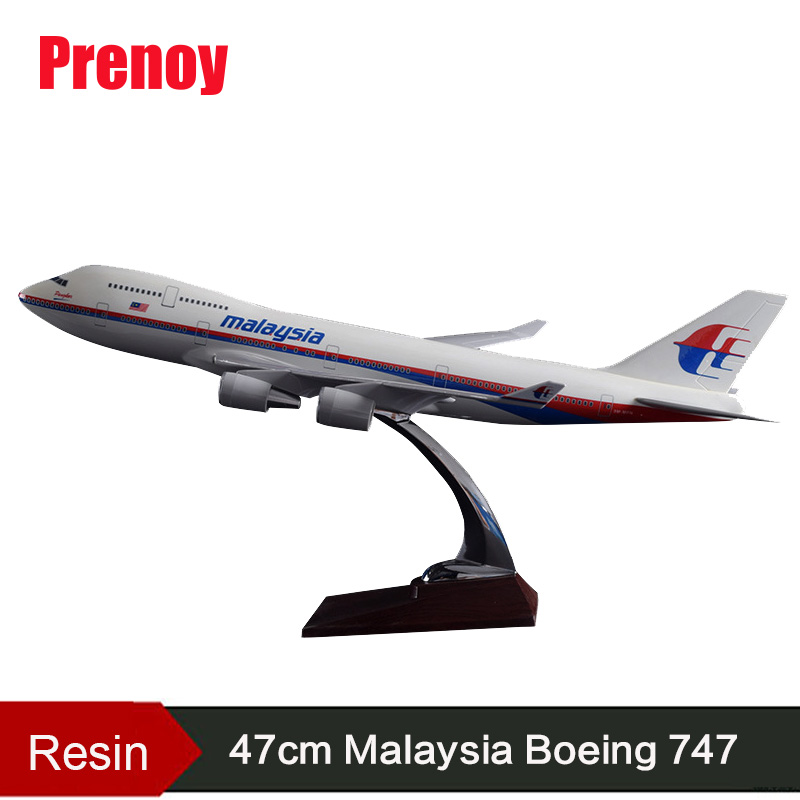 47cm Boeing B747 Airplane Model Malaysia Airlines B747 Airbus Model Resin Airways Aviation Malaysia Airbus Plane Model Gift Toys offer wings xx2456 special jc portugal airlines cs tjg 1 200 a321 commercial jetliners plane model hobby