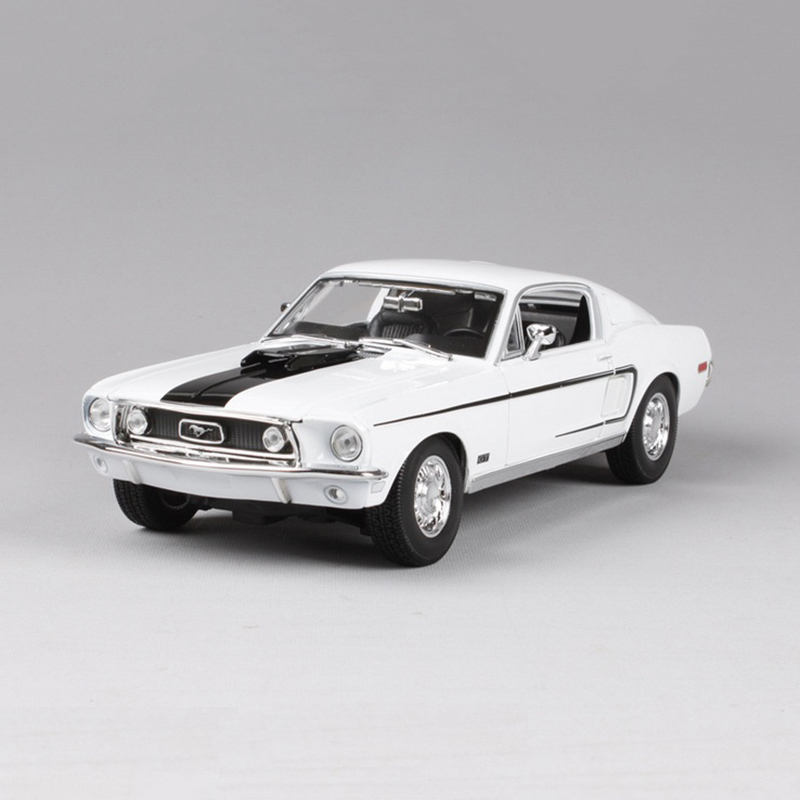 1/18 Ford Mustang GT 1966 Muscle Car Blue/White Zinc Alloy Car Model Diecast for Collection Boys Toys Gifts image