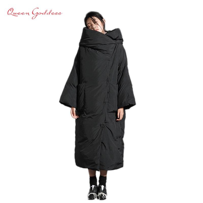 Conception originale 90% blanc duvet de canard veste d'hiver pour femmes avec capuche lâche et simple style chaud grande taille parkas grand pardessus