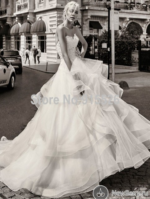 Ball Gown Sweetheart Russian Wedding Dresses Sweep Train Tulle Vestido De Novia Hippie Lebanon Designer Bridal
