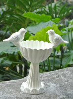 Vintage Cast Iron Deluxe Bird Seed Nut Feeder Feeding Station White Bird Feeders Bath Ornate Cottage Garden Outdoor Feeding Gift