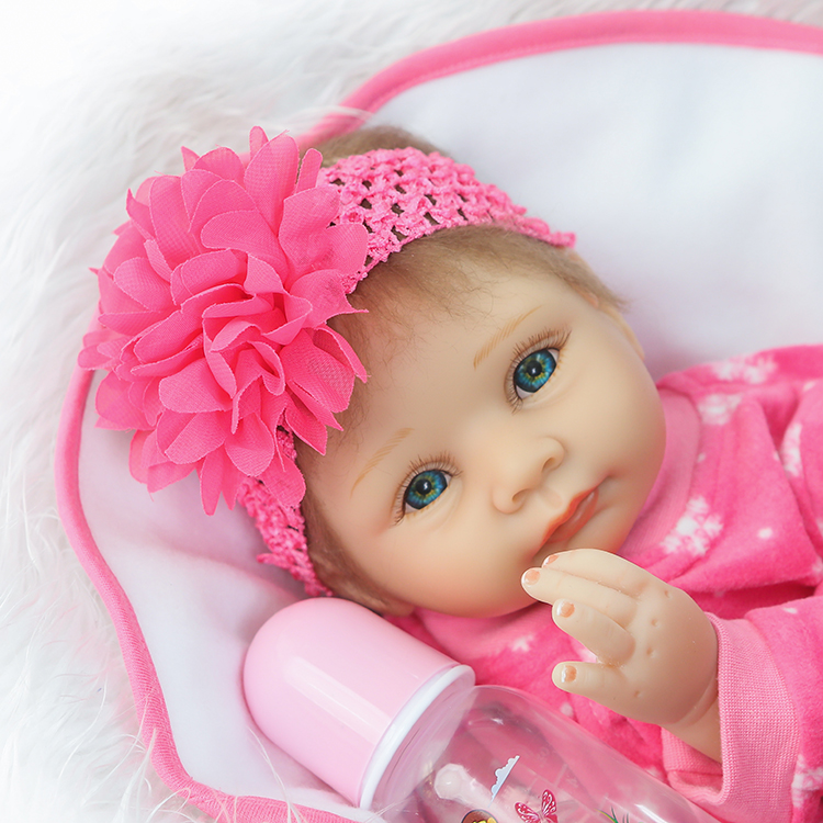 все цены на  22'' New Silicone Reborn Baby Doll Toy Fashion Soft Touch Newborn Girls Babies Child Kids Birthday Gifts Play House Toy  в интернете