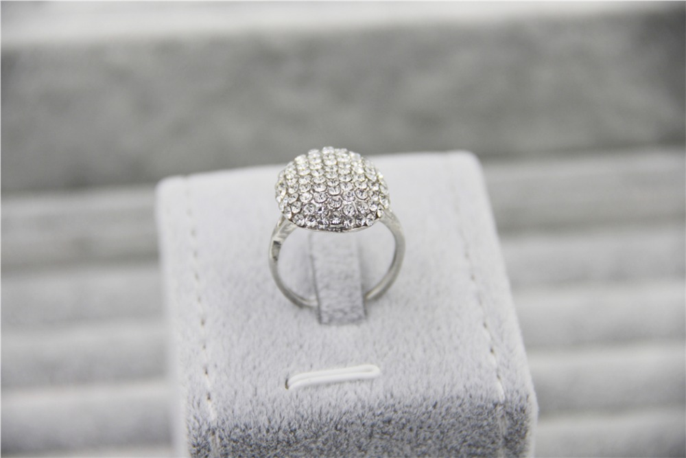 Fashion Silver Charm Vampire Twilight Bella font b Crystal b font Ring Replica Engagement Wedding Ring