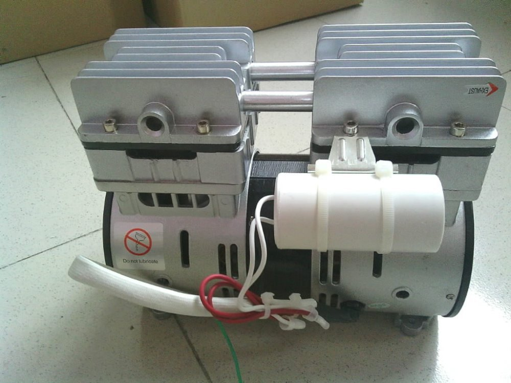 Taiwan JY140H 100L/min oilless vacuum pump, mini vacuum pump, environmental protection and energy saving -90KPa AC220VTaiwan JY140H 100L/min oilless vacuum pump, mini vacuum pump, environmental protection and energy saving -90KPa AC220V