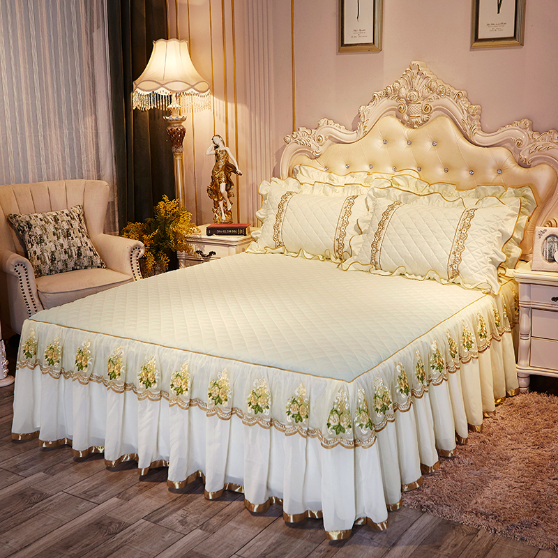 Light Pink Yellow Princess Style Elegant Bed Skirt Flowers Embroidery Lace BedSkirt With Elastic Quilted Thick Bedspread Set