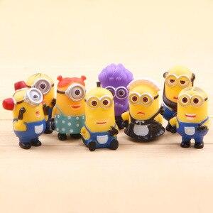 Image 5 - 8 יח\חבילה Minion מיניאטורי צלמיות צעצועים חמוד יפה דגם ילדים צעצועי 5.5cm PVC אנימה ילדי דמות