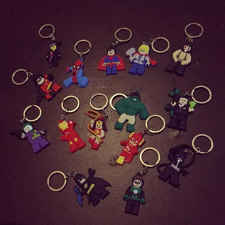 1 шт. супергеройский брелок Aciton фигурное кольцо для ключей аниме-брелок для ключей Бэтмен Человек-паук брелок детский подарок-аксессуар брелоки