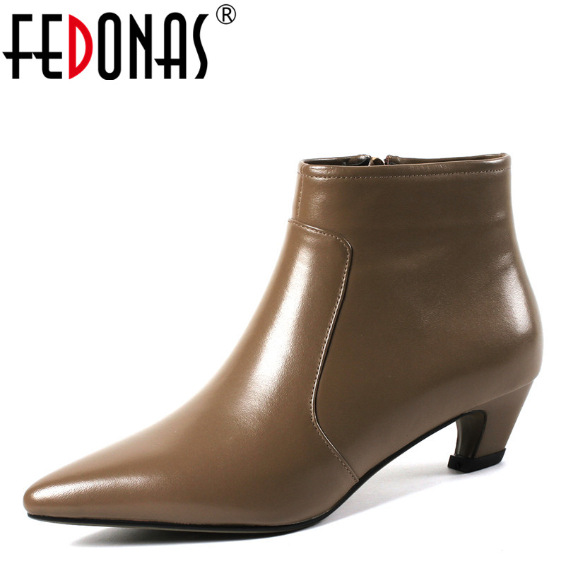 322cee16e11197 Chaussures Hiver Automne Noir Cuir 1 Conception Chaud Bottes Hauts Marque  Femme Fedonas1fashion Femmes En De Véritable Office Lady Talons Cheville ...