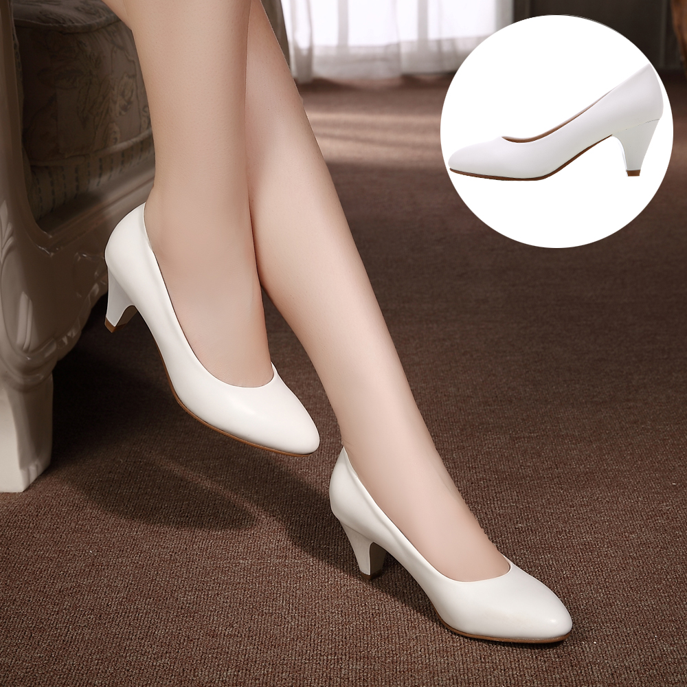 YALNN 2019 Women Fashion New High Heels Black And White Pumps Shoes Medium 5cm High Soft Leather Pointed Toe Office Shoes Pumps