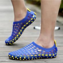 Neue Ankunft männer Schuhe Casual Sommer Maultiere Hohl Atmungsaktive Holzschuhe Blau Rot Grün PVC Plus Größe Sandalen Kostenloser Versand