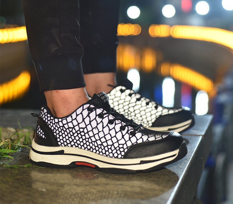 New-exhibition-2018-Fashion-safety-shoes-Men-Lightweight-Mesh-Breathable-Night-Reflective-Casual-Sneaker-mens-Steel-Toe-Work-shoes (18)
