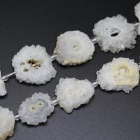 Full strand Natural White Solar Quartz Druzy Geode Loose Beads Raw Crystals Drusy Sun Flower Shape Slab Pendants Supply 30 35mm