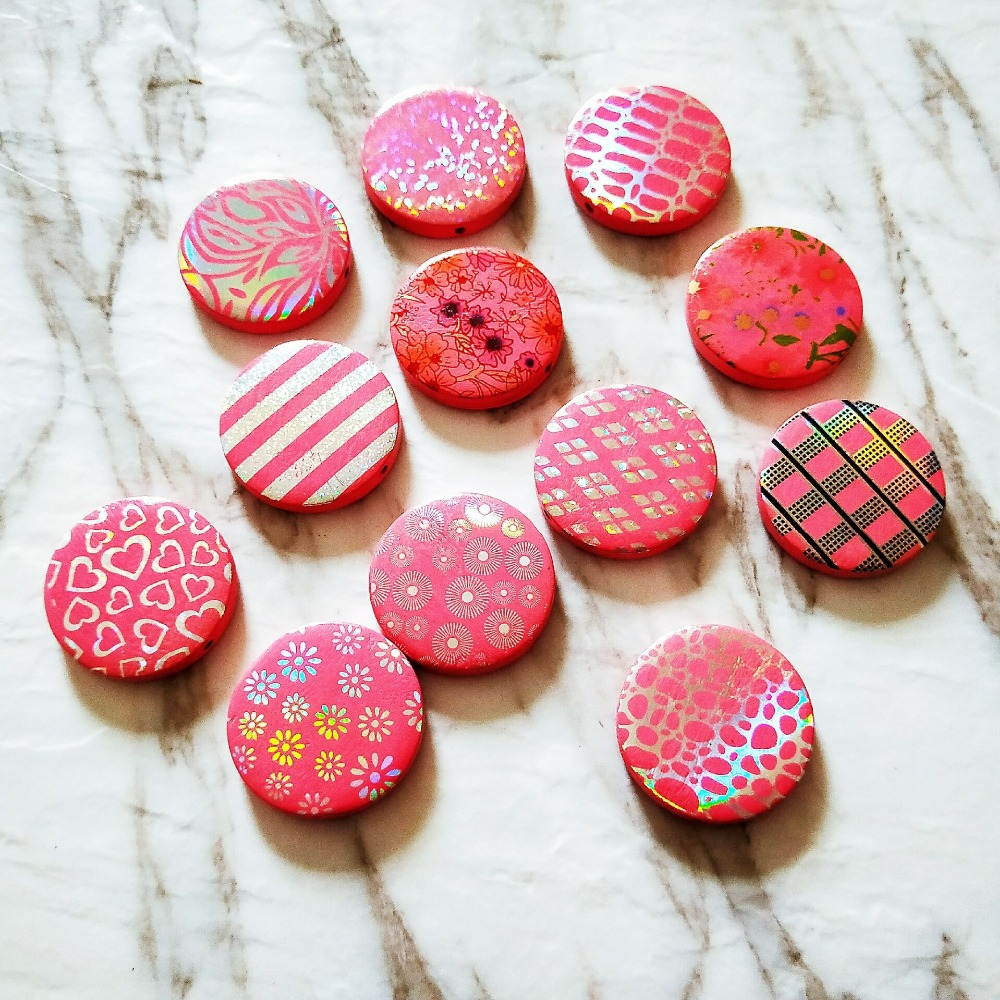 20pcslot New style color print red geometry rounds fashion wood beads diy jewelry earringgarment pendants