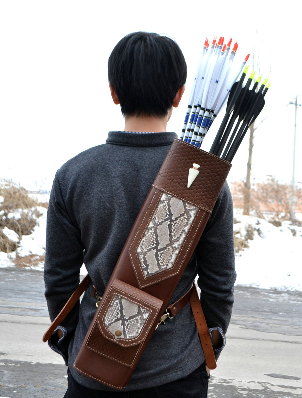 High quality Hand Crafted Single/three point shoulder back type snakeskin Leather Archery Quiver Brown holding for Hunting outdoor camouflage archery hunting arrow quiver water resistant archery quiver holder caza arrows bow quiver bag with zipper