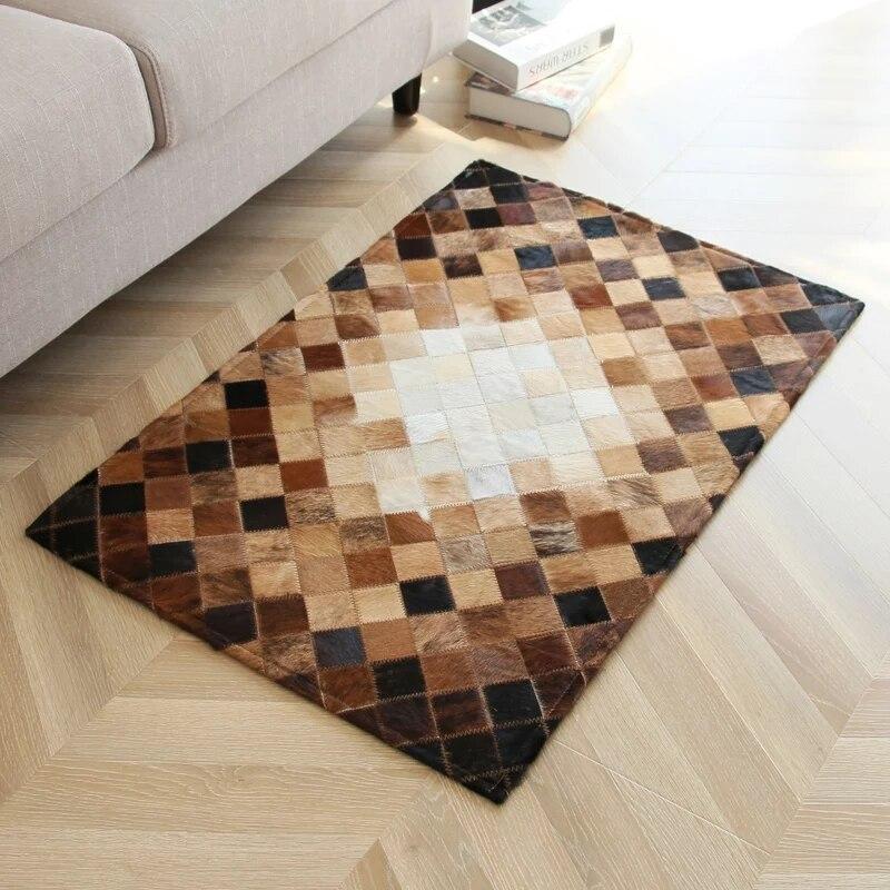 Fait à la main de luxe peau de vache fourrure couleur naturelle mélangé petit tapis patchwork, décoration tapis de porte de fourrure, tapis de salle de bain