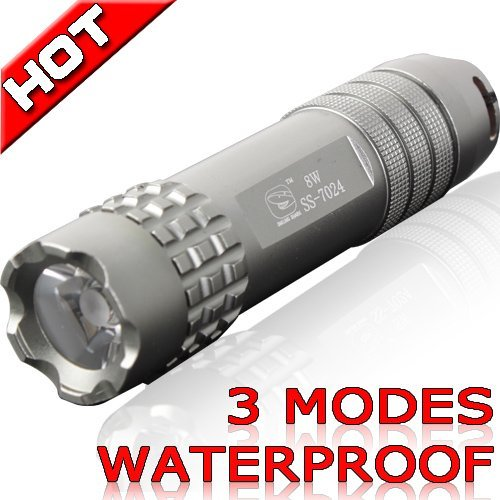 brand new LED Flashlight Outdoor handy Torch Waterproof lamp 3 modes sporting Camping light 7024