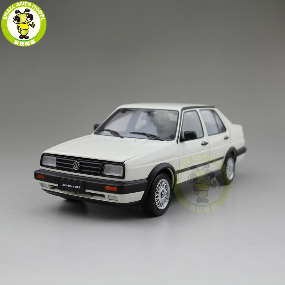 1/18 JETTA GT Diecast Car Model Toys For Kids Boy Girl Birthday Gift Collection White