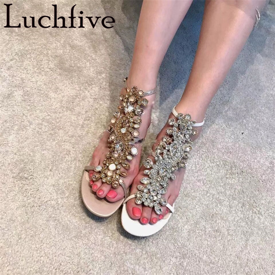 Luchfive Colorful Rhinestone Sandals Women Narrow Bands Sheepskin Buckle Sandals Bling Crystal Square Heel Party Shoes WomanLuchfive Colorful Rhinestone Sandals Women Narrow Bands Sheepskin Buckle Sandals Bling Crystal Square Heel Party Shoes Woman