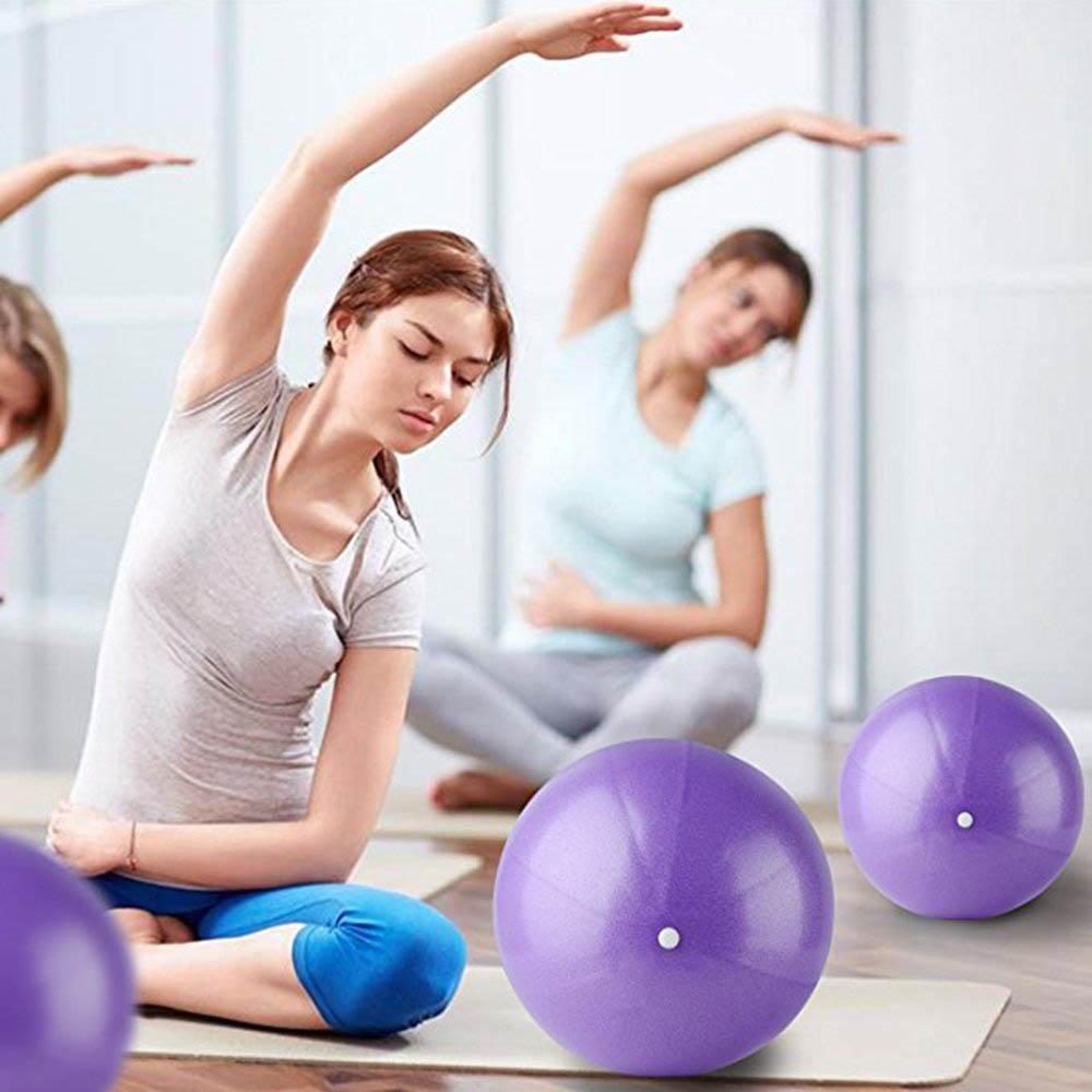 Pilates Kylewo Mini Pelota de Pilates Pelota de Yoga de PVC Mini Pelota de Ejercicios Pelota de Gimnasia para Gimnasia Mini Pelota de Ejercicio de 25 cm Ejercicios de Interior