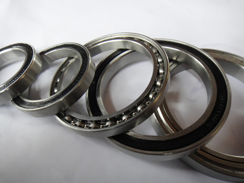 купить Free Shipping 1PCS S6930 2rs Stainless Steel Shielded Miniature Ball Bearings size:150*210*28mm недорого