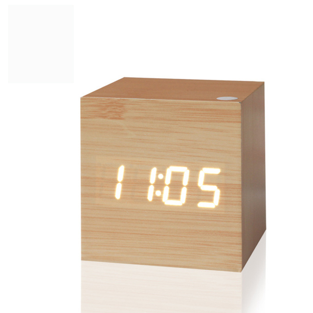 2016  Antique office clock Digital clock LED Retro table personalized brief art clock silent watch gift small electronic clock