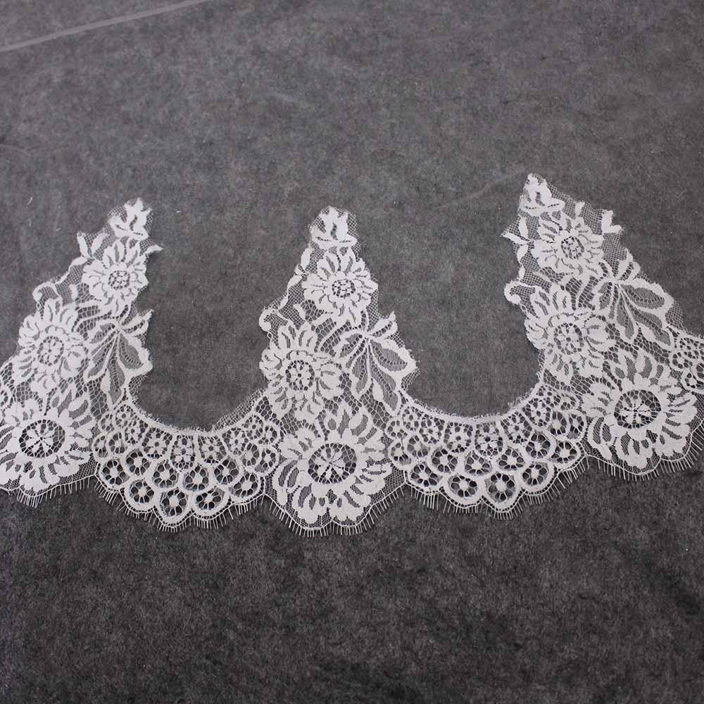 High Quality Eyelash Lace Wedding Veil WITHOUT Comb One Layer 150CM Short Bridal Veil Veu De Noiva Delicate Lace Trims Veil