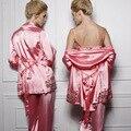 Três-peça de Alta Qualidade 2016 Sexy Pijamas Mulheres Pijamas para As Mulheres Pijama Alcinhas Robe De Seda pijamas das Mulheres Roupa em casa
