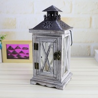 Moroccan Decor Retro Wood House Candlestick European Romantic Wedding Cheap Candle Holder Lantern Retro Home Decoration Crafts