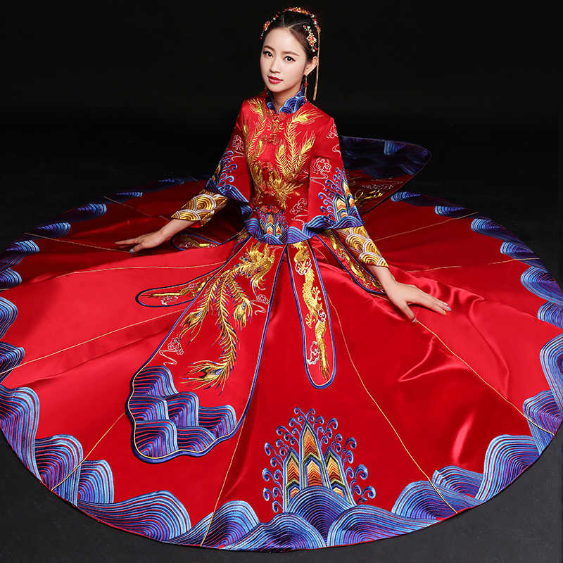 Antik evlilik kostüm gelin giyim kıyafeti geleneksel Çin düğün elbisesi bayan cheongsam nakış phoenix kırmızı Qipao