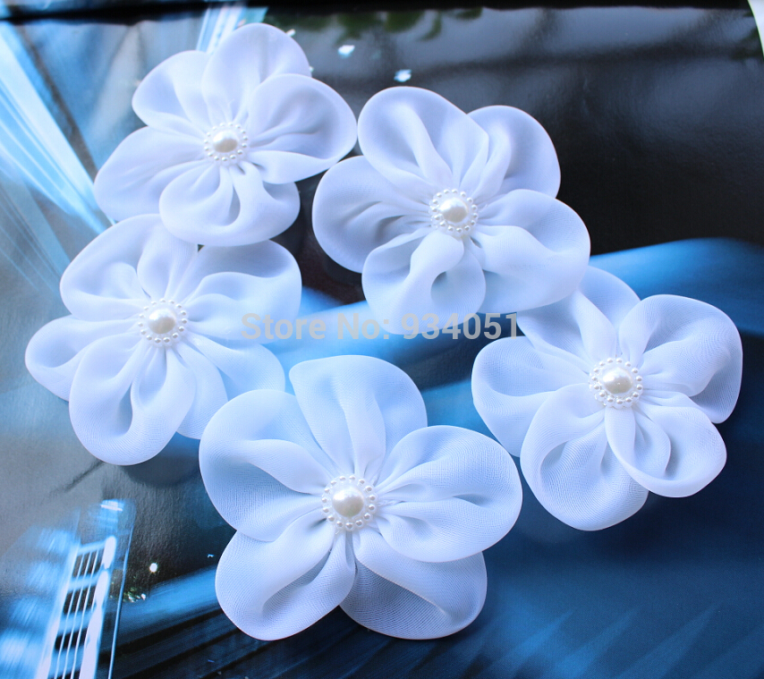 Set Of 50pcs White Bridal Silk Flowers With Pearl Flower Center